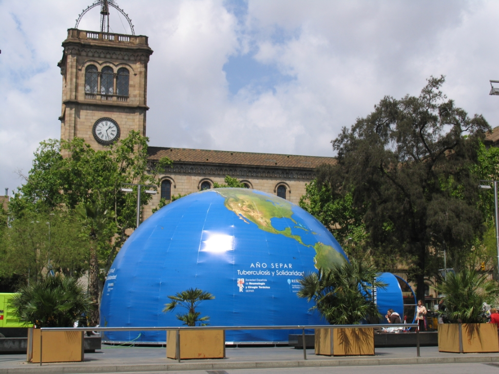 Pla a de la universitat in barcelona squares in spain - Placa universitat barcelona ...
